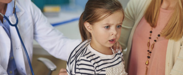 Kaszel mokry u dziecka. Sprawdź, jak go skutecznie leczyć