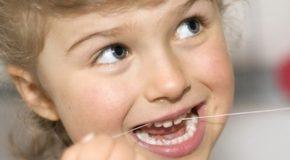 Dlaczego trzeba dbać o zęby mleczne?